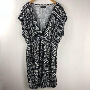 Forever 21 Plus Size Black White Dress (m13)